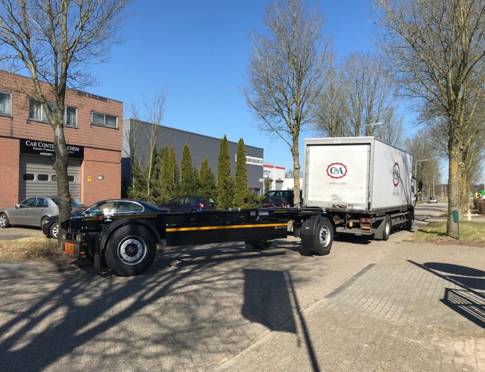 Nieuwe BDF-schamelaanhangwagen