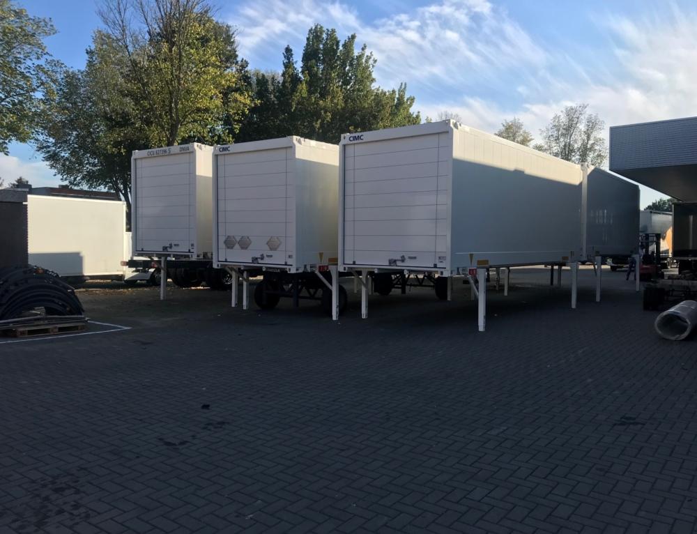 Aflevering eerste van serie BDF-afzetbakken C&A Nederland